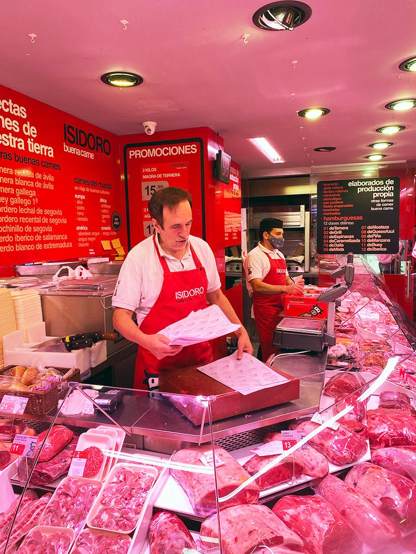 Carnicería en Avenida Donostiarra de Madrid